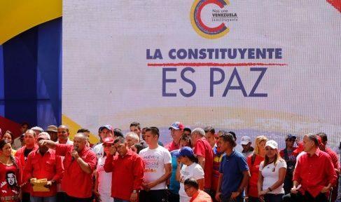 Se supone que la constituyente traerá paz al país